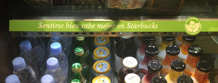 Starbucks is one of Orte, die Tarzan gefallen.