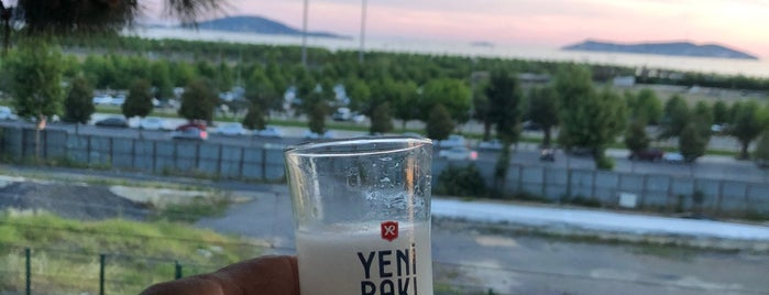 Noon Balik & Meyhane is one of Korhan : понравившиеся места.