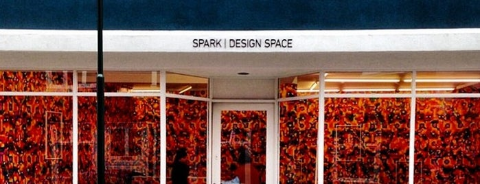 Spark | Design Space is one of Justin : понравившиеся места.
