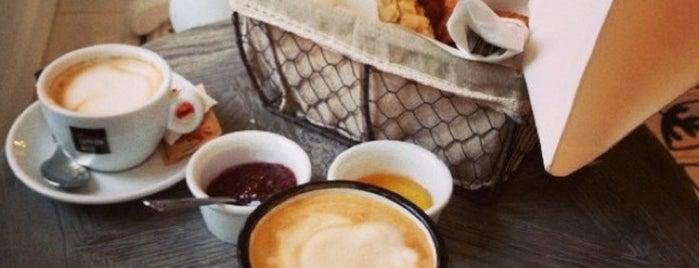 Café Suédois is one of Paris // Tea, Cake, Coffee & More.
