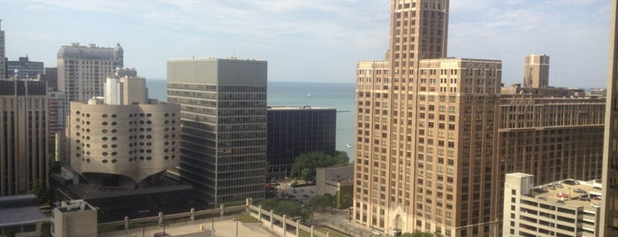 DoubleTree by Hilton Hotel Chicago - Magnificent Mile is one of Places I've stayed.