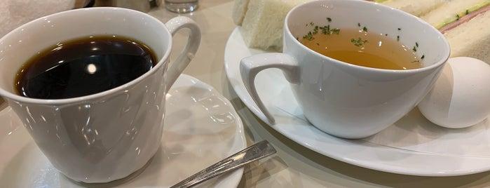 喫茶室ルノアール is one of Renoir.
