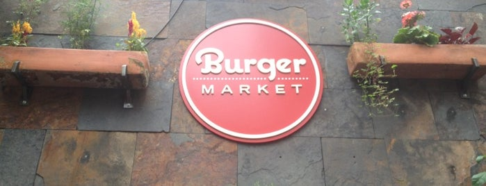 Burger Market - Qualité is one of Posti che sono piaciuti a Florencia.