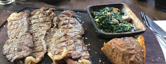 Nusr-Et Steakhouse is one of Zeynep : понравившиеся места.