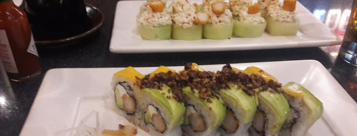 Sushi Roll is one of Israelさんのお気に入りスポット.