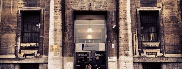 Agenzia delle Entrate is one of Milano.