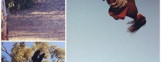 Switzer Canyon Rope Swing is one of Zak'ın Kaydettiği Mekanlar.
