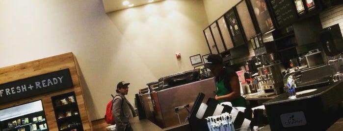 Starbucks is one of Tempat yang Disukai JC.