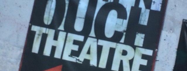 Pinch n' Ouch Theater is one of Orte, die Craig gefallen.