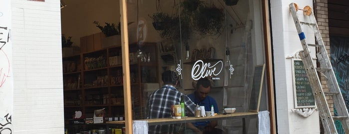 Olive Natural is one of สถานที่ที่ Rômulo ถูกใจ.