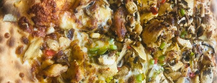 Giv Pizza | پیتزا گیو is one of Taha : понравившиеся места.