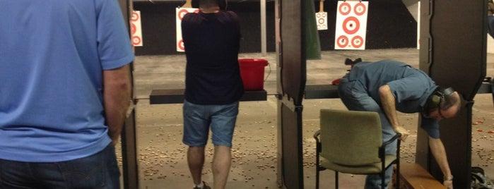 Eagle Gun Range is one of Lieux qui ont plu à Jay.