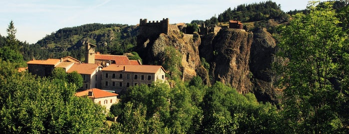 Arlempdes is one of Les plus beaux villages de France.