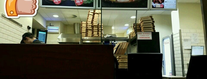 Domino's Pizza is one of Marta's Liked Places.