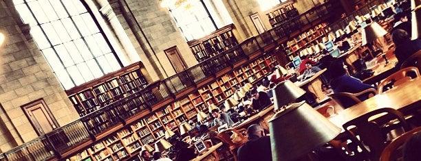 Biblioteca Pública de Nueva York is one of Manhattan Favorites.
