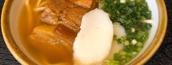 沖縄そば食堂 海辺そば屋 is one of Lugares favoritos de arapix.