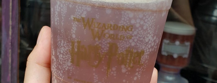 Butterbeer is one of Posti che sono piaciuti a Tim.