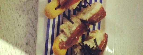 Tiquismiquis Gastrobar&Sushi is one of The FoodHunter DimasEnrik AC.
