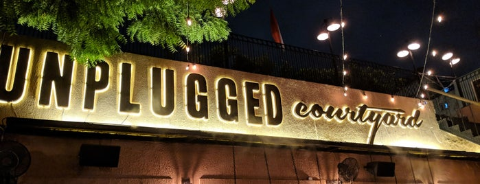 Unplugged Courtyard is one of Lieux qui ont plu à Ali.