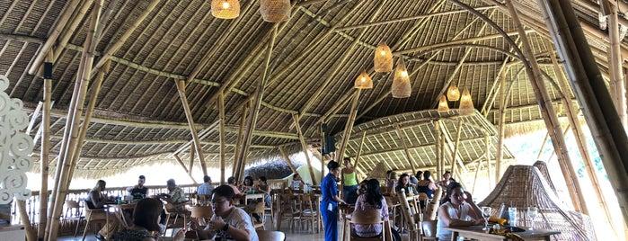 Tebasari Resto, Bar & Lounge is one of honeymoon & gateway.