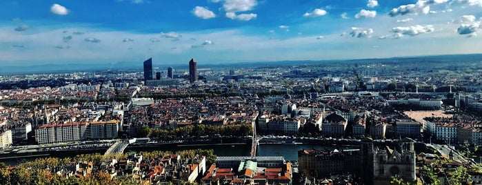 Vieux Lyon is one of Listo de Franco.
