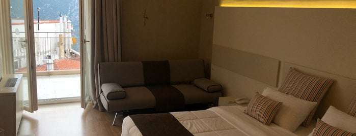 Nidimos Hotel is one of Kyriaki 님이 좋아한 장소.
