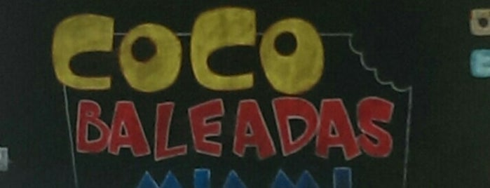 coco baleadas is one of Locais curtidos por Felix.