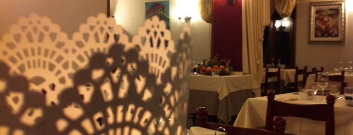 Ristorante Hotel Punta dell'Est is one of Tempat yang Disukai Daniela.