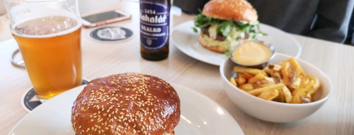 Roxor Brgr & Beer is one of Jakub's Liked Places.