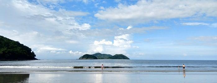 Praia do Sahy is one of Lieux qui ont plu à Olivia.