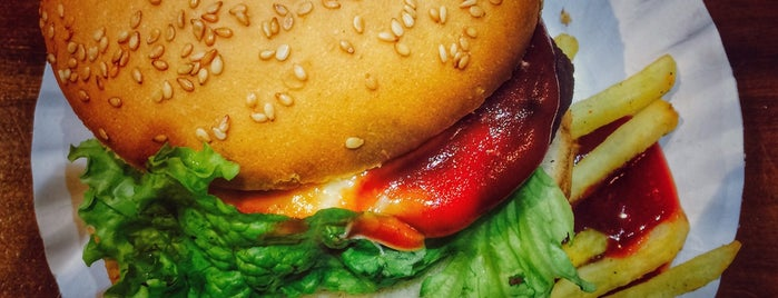 Burger King is one of Tempat yang Disukai Jus.