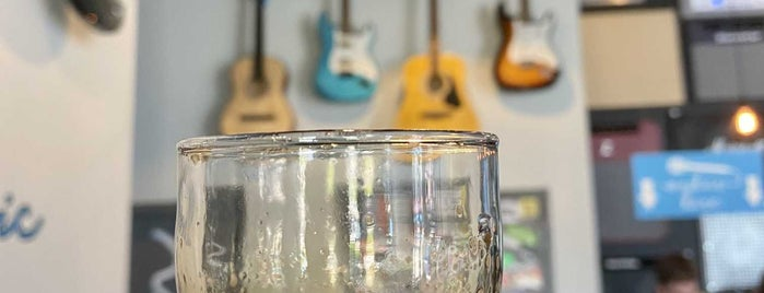 Mikerphone Brewery & Tap Room is one of Posti che sono piaciuti a Jason.