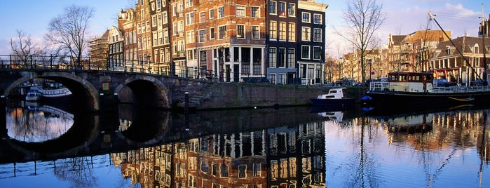 Amsterdamse Grachten is one of Back to Netherlands ♥.