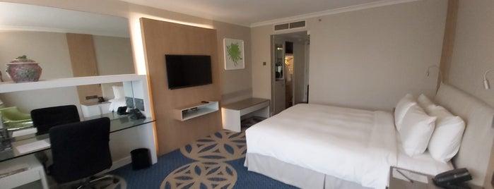 Concorde Hotel is one of Locais curtidos por Karol.