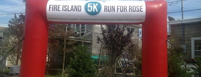 Fire Island 5k Run for Rose is one of Orte, die Matthew gefallen.