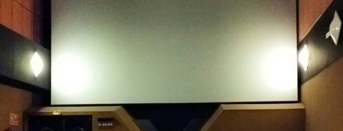Yelmo Cines Baricentro 3D is one of Nens - Niños.