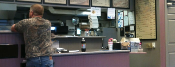 Unity House Of Pizza is one of Best Grub.