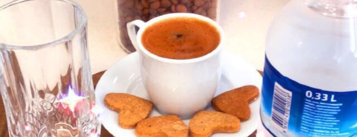Cafe Ziyafe'm is one of Mehmet Ali 님이 좋아한 장소.