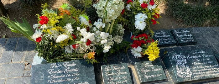 Jardines Montesacro is one of Lugares favoritos de Roy.