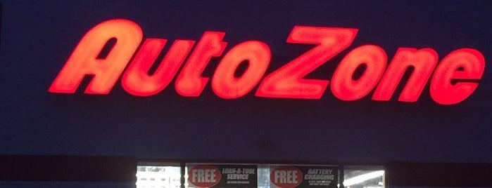 AutoZone is one of Lieux qui ont plu à Eddie.
