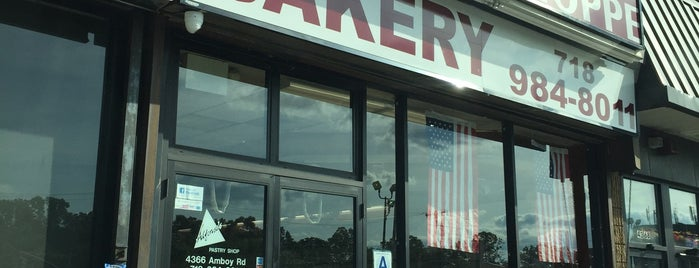 Alfonso's Pastry Shop is one of staten island.