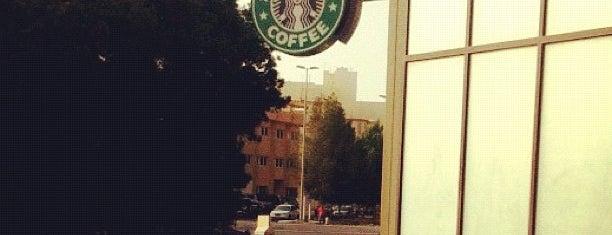 Starbucks is one of Tempat yang Disukai Jawaher.