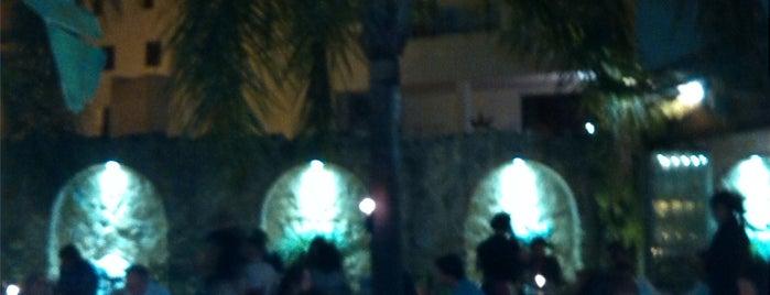 Hotel La Casa del Califa is one of Roさんのお気に入りスポット.