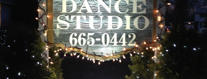 Ronnie Mclaughlin Dance Studio is one of Lugares favoritos de shannon.