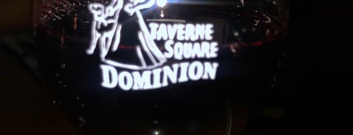 Dominion Square Tavern is one of Lieux qui ont plu à Jacobo.
