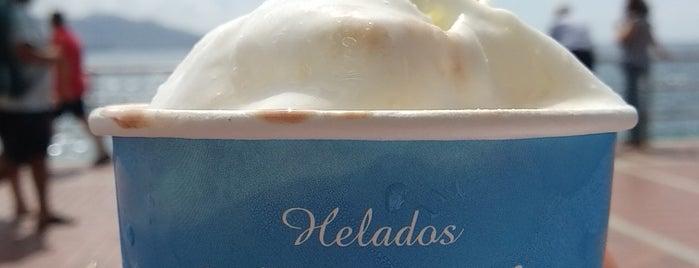 Heladería Peña La Vieja is one of Dulces tentaciones.