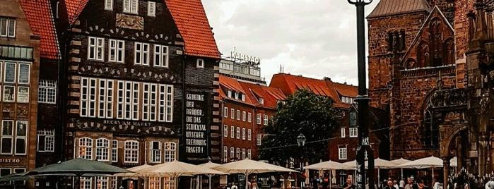 Altstadt is one of Lieux qui ont plu à V͜͡l͜͡a͜͡d͜͡y͜͡S͜͡l͜͡a͜͡v͜͡a͜͡.