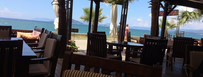 Calisto Cafe Bar is one of Fethiye.