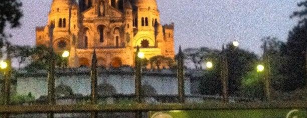 Funicular de Montmartre is one of Lugares donde estuve en el exterior.