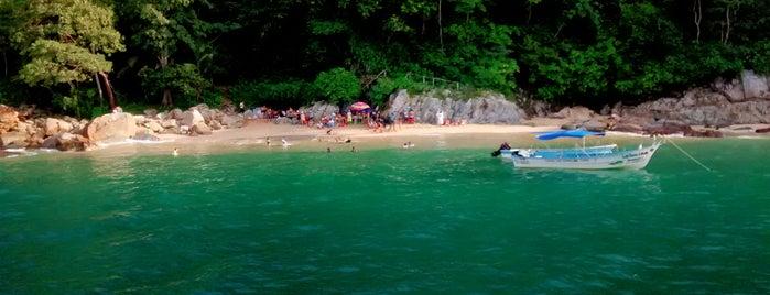 Playa Colomitos is one of สถานที่ที่ Araceli ถูกใจ.